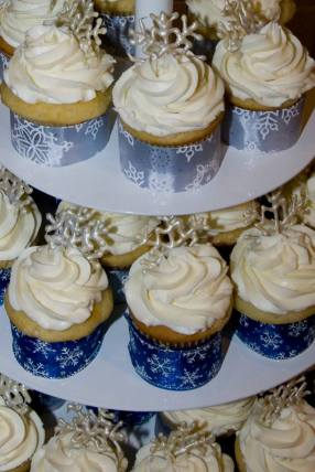 A&C Vanilla Cupcakes 2011