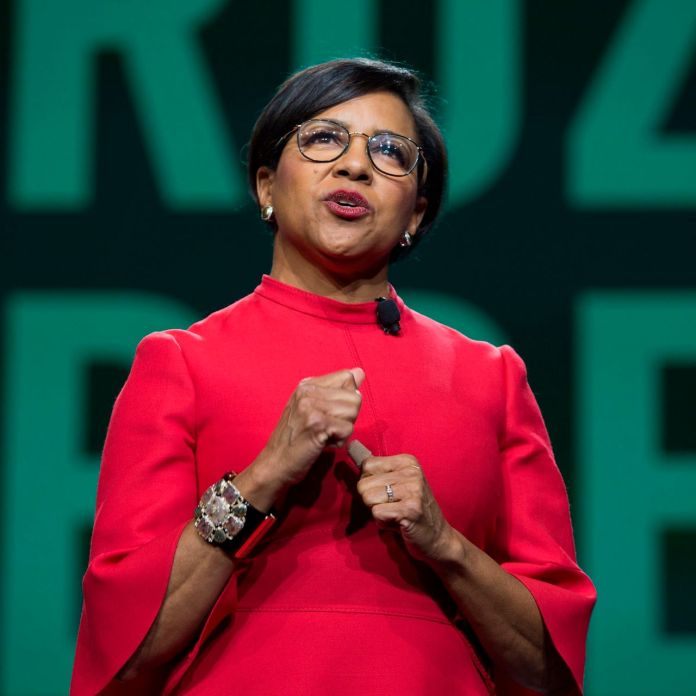 Rosalind Brewer NEW CEO of walgreens