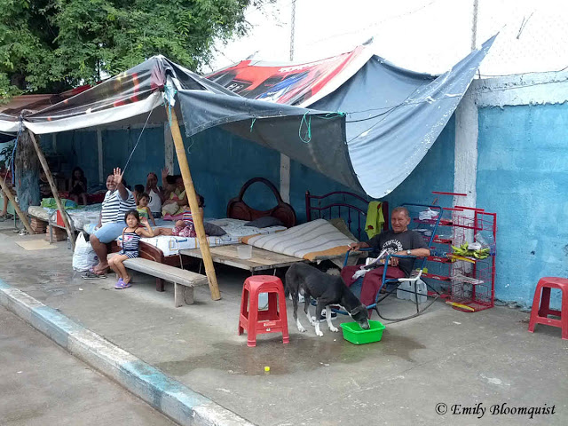 Makeshift post-earthquake camp - Manta Ecuador