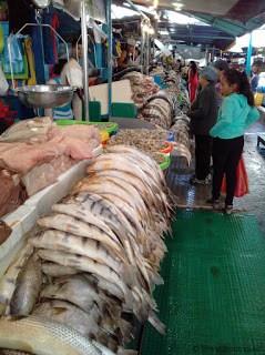 Seafood, Feria Libre, Cuenca, Ecuador