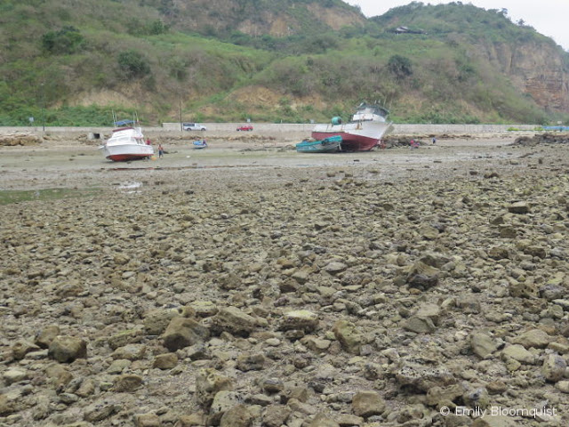 Puerto Lopez low tide