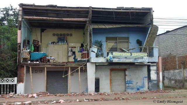Day after 7.8 Ecuador earthquake, Puerto Lopez, Manabí