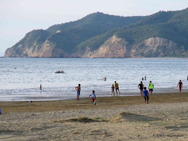 Kayaking in Puerto Lopez