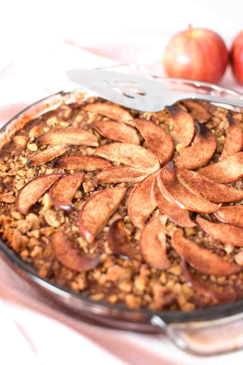 Apple Cinnamon Baked Oatmeal Cake