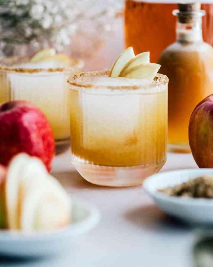 Apple brandy cocktail