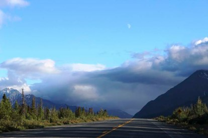 Alaska Travel AlCan Highway 12