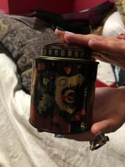 Tea Tin designed by @lioninthetrees