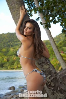 Swimsuit 2014: St. Lucia/Bodypaint Emily Ratajkowski - 12/02 - 12/05 St. Lucia/St. Lucia 12/2/2013 X157277 TK2 Credit: Walter Iooss Jr.