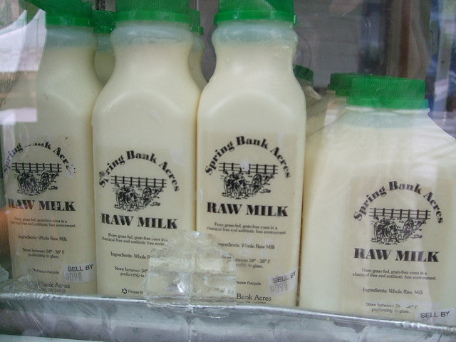 Healthy dairy options at the grocery store.