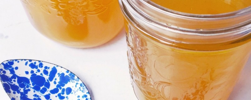 How to Make Chicken Bone Broth at home