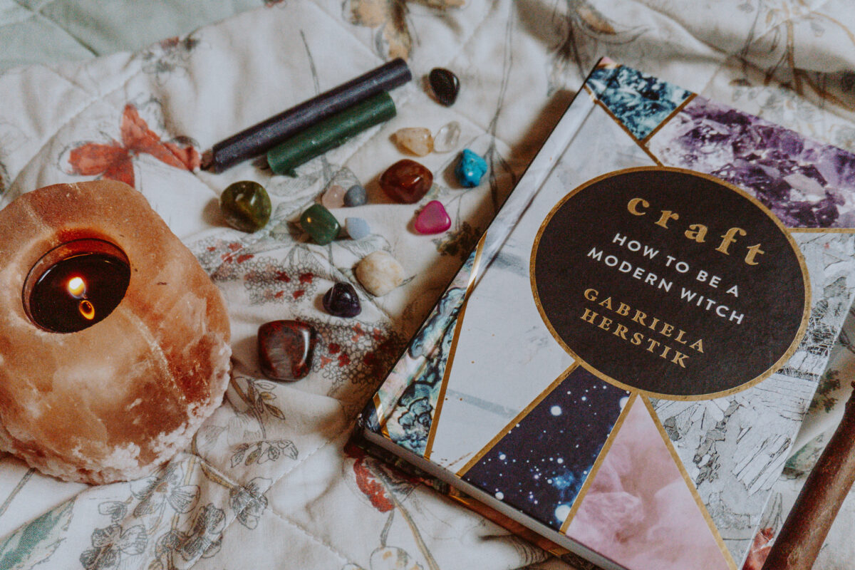 The Craft: How To Be A Modern Witch book.