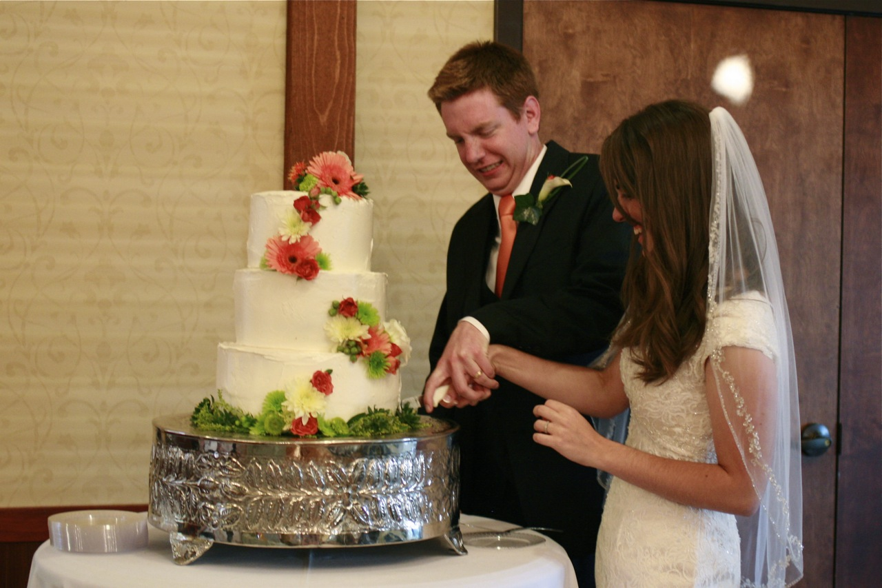 how to bake a wedding cake - The Answer is Always PorkThe ...