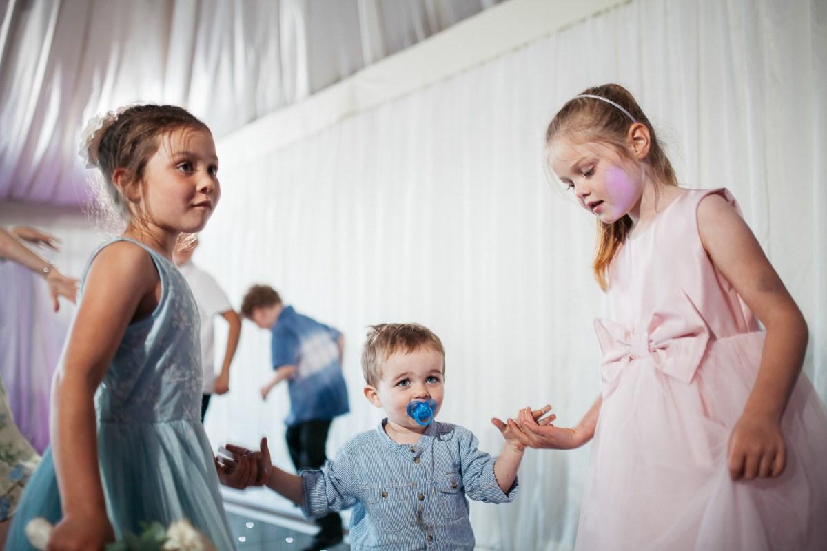 oxwich-bay-hotel-wedding-photography-057