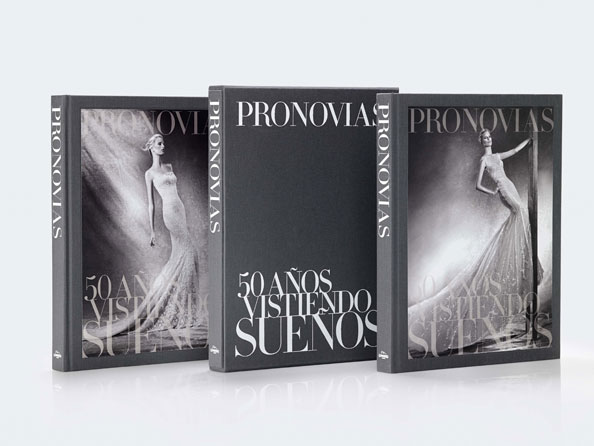 PRONOVIAS_THE-BOOK-50-YEARS-DRESSING-DREAMS_2