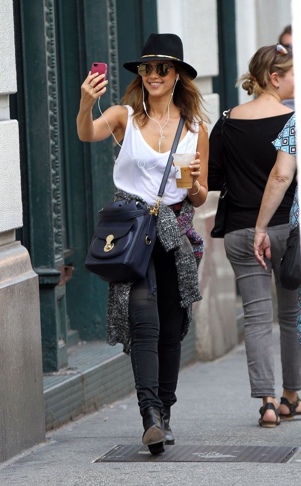 91fc286ecf Jessica Alba with Ricky Drawstring bag in cadet blue