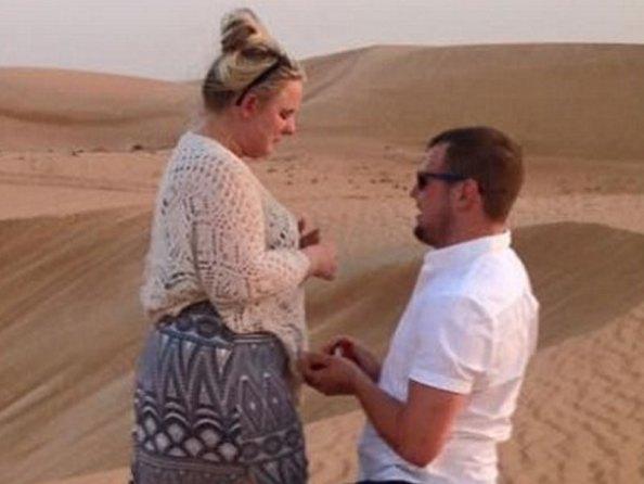 abbie parker ben moss Man Surprises Girlfriend With Proposal During Dubai Safari