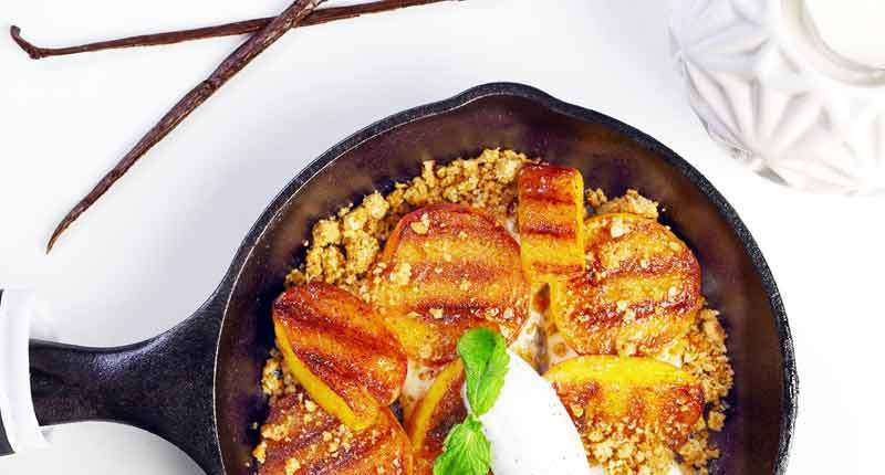 2xxGrilled-Peach-Crumble-with-Maple-Mascarpone