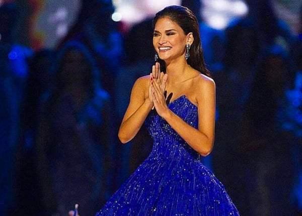 Beauty Queen Pia Wurtzbach Dons Dubai Designer For Miss Universe
