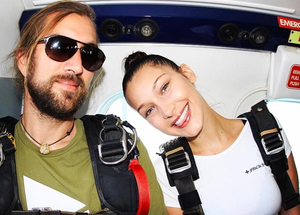 bella-hadid-skydiving