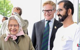 Sheikh Mohammed Shares A Joke With Queen Elizabeth At The Races