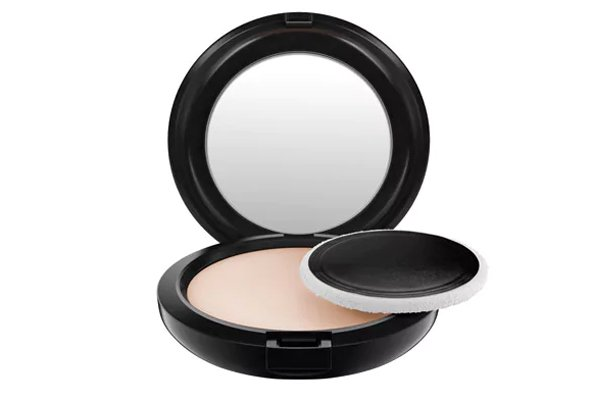 MAC Blot Powder, Dhs135