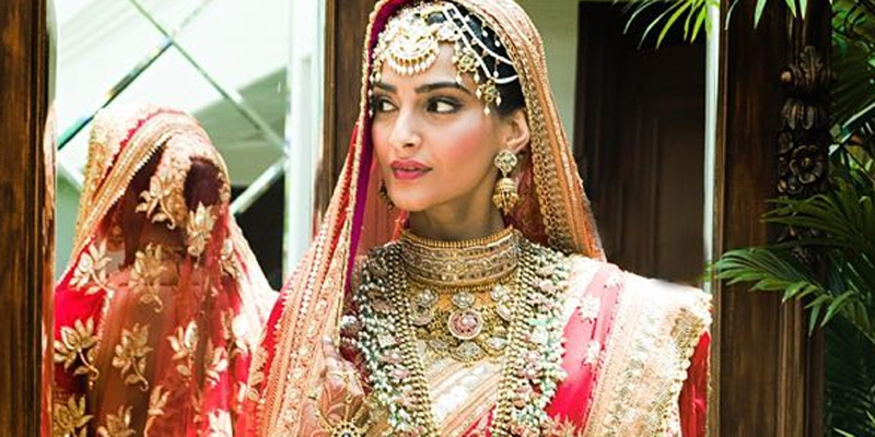 Sonam Kapoor Wedding.Here S Your First Glimpse At Sonam Kapoor S Wedding Outfit