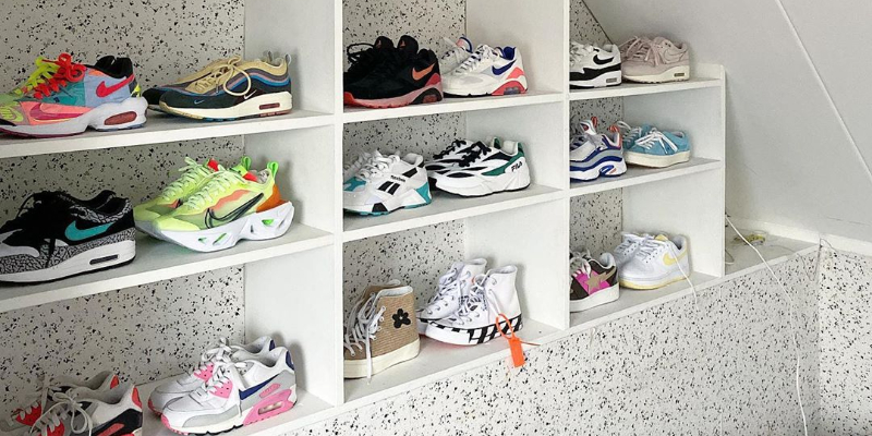 Five white sneakers that will never go