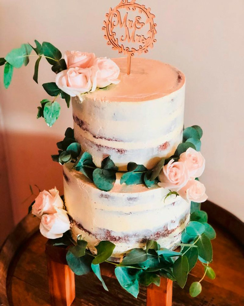 modern wedding cake trend 2020