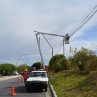 Comenzó la instalación de LEDs en Camino de la Cuchilla