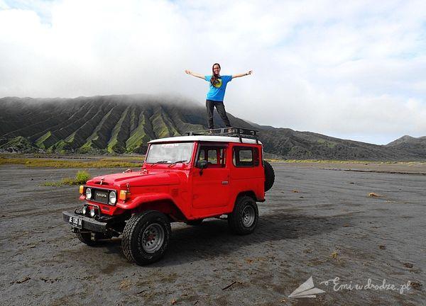 Bromo_jeep