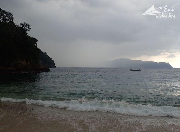 tropikalny_deszcz