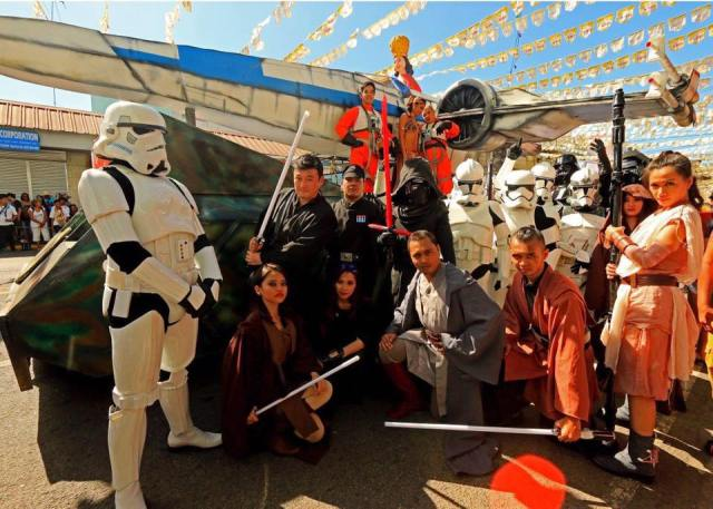 Group2 Sinulog Star Wars Cebu Lightsaber