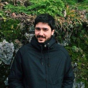Julen Alvarez-Aramberri