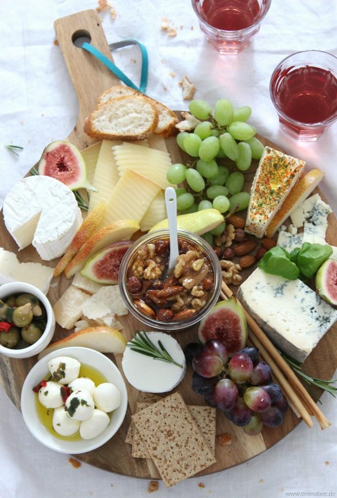 {Rezept} Die perfekte Käseplatte und warum Honignüsse auf gar keinen Fall fehlen dürfen…