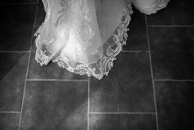 lace wedding dress train