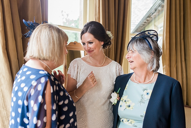 bride with mum and aunt