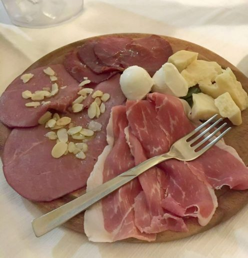 Leporino Puglia La Camelia Dinner Restaurant Antipasti Cheese Ham