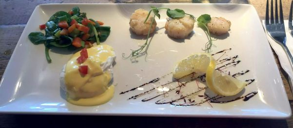 St George & Dragon Wargrave Gastropub Menu Girl's Lunch Henley Regatta Scallops Poached Egg Hollandaise