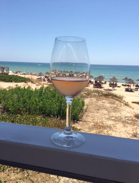 Marias Restaurant - Praia de Garrao - Algarve - Portugal - Beach View L'Ostal Cazes