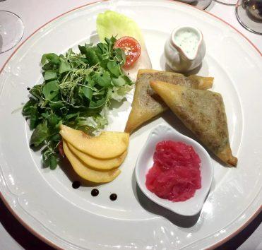 Pequeno Mundo Restaurant - Algarve - Portugal Beef Samosas