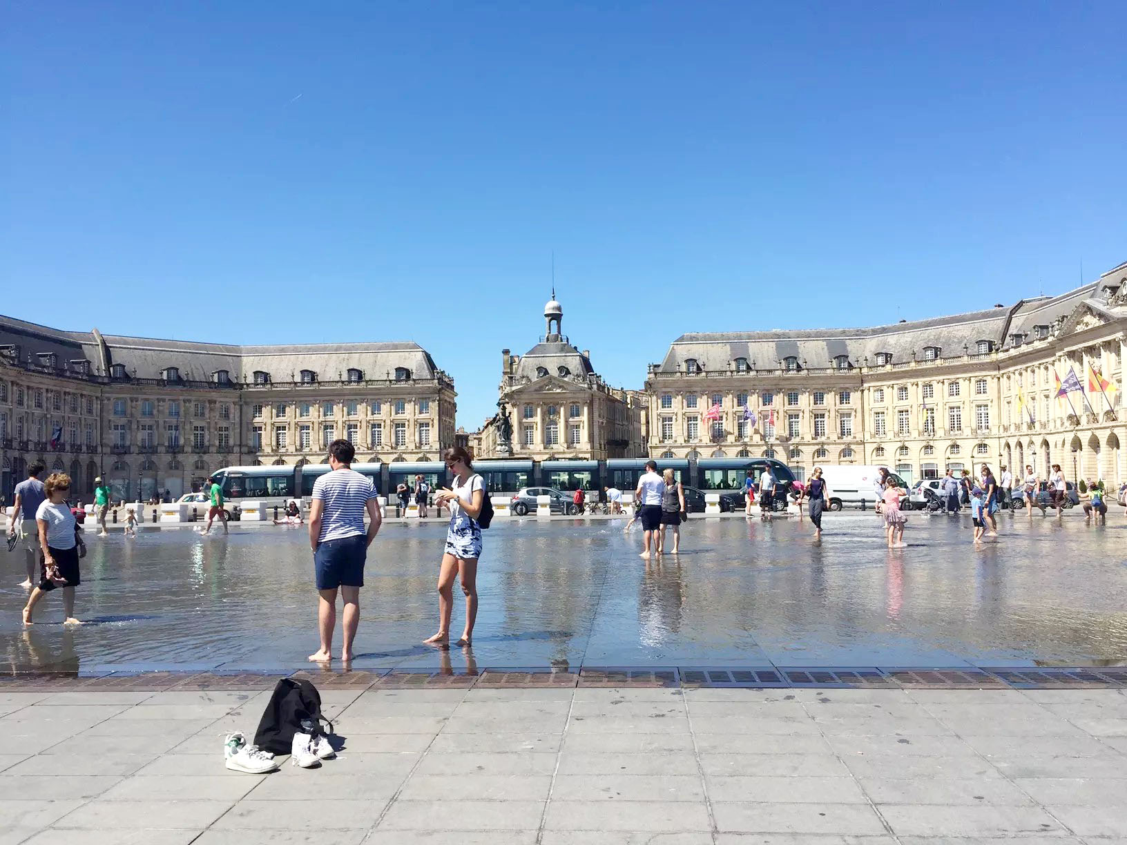 24 hours in Bordeaux, France – A City Dedicated to Wine!