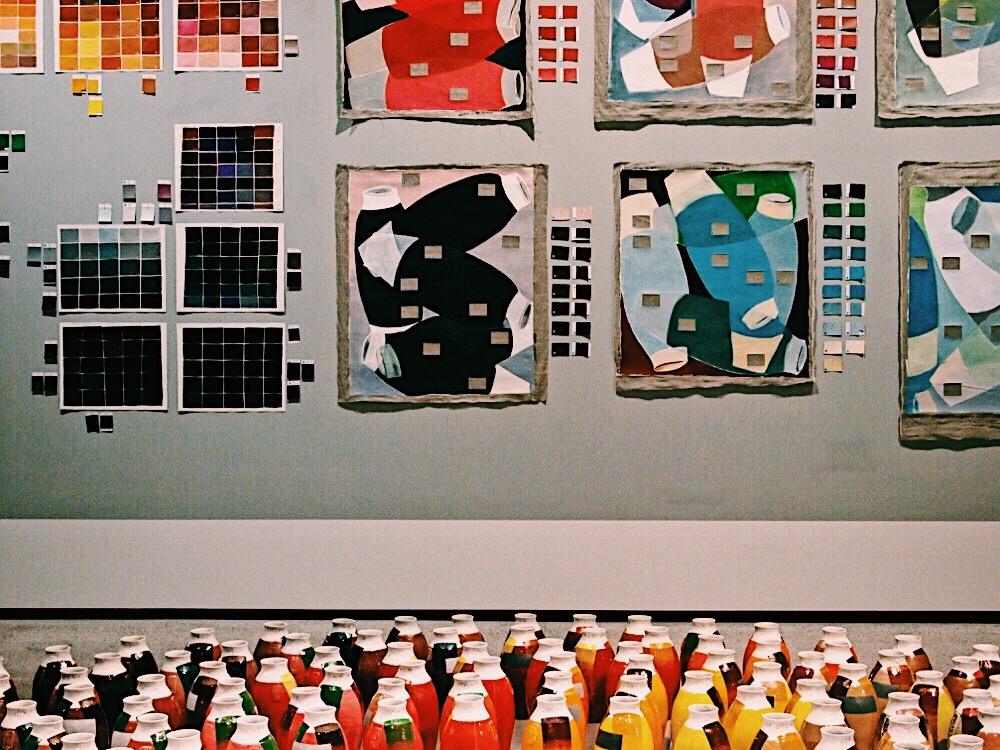 EJP-Breathing-Colour-Hella-Jongerius-Design-Museum-Coloured-vases-swatches