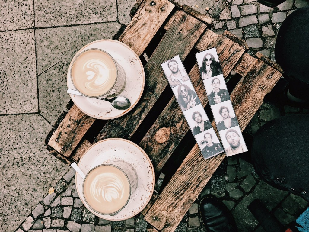 EJP-Berlin-Coffee-Berlin-Latte-Outsid