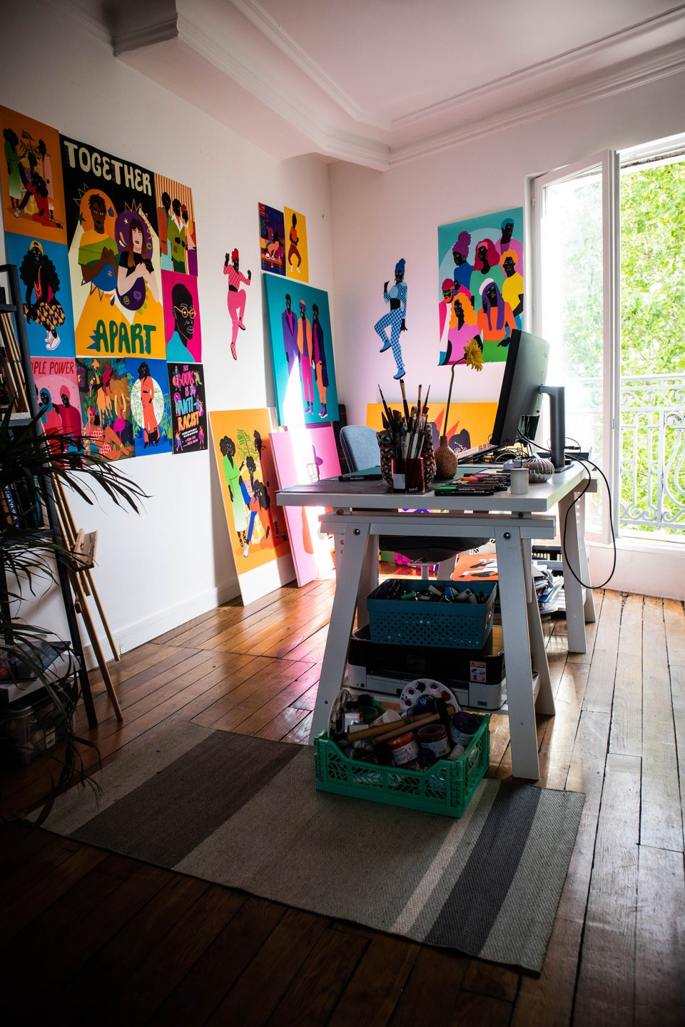 creative office area in rented home