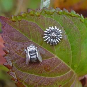 Bee-&-Daisy-1---Emma-Keating-Jewellery