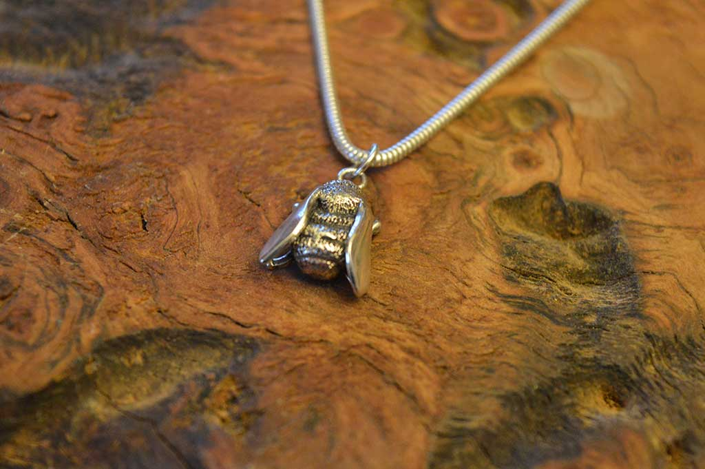 Bumble bee pendant emma keating jewellery bumble bee pendant aloadofball Images