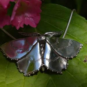 Emerald-Moth-4---Emma-Keating-Jewellery