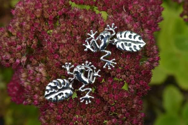 Frog-Cufflinks-9---Emma-Keating-Jewellery