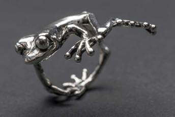 Frog-Ring-1-7---Emma-Keating-Jewellery