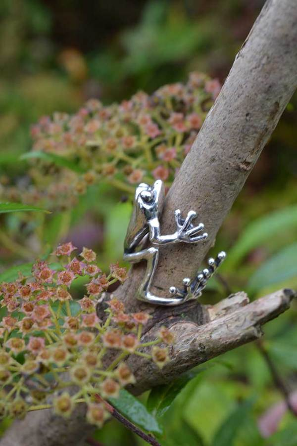 Frog-Ring-2-2---Emma-Keating-Jewellery